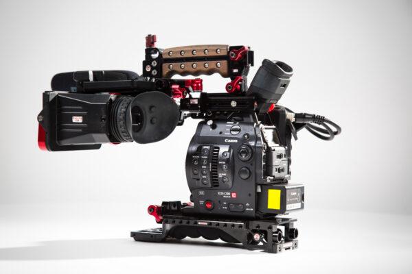 Canon EOS C300 - Shoot Kit
