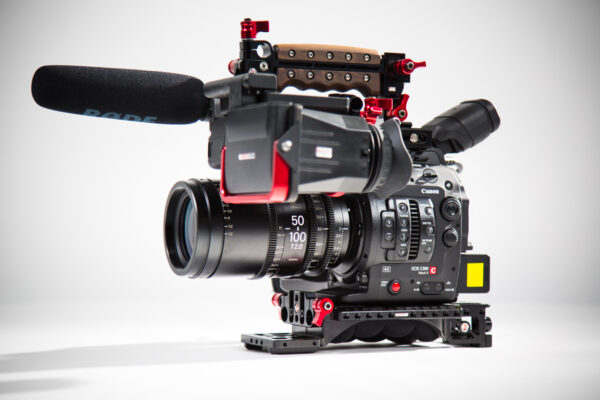 Canon EOS C300 - Sigma Zoom Package