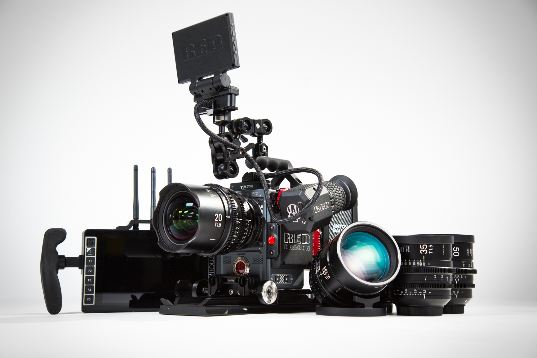 RED Scarlet W, Sigma Cine Prime, SmallHD 703 Bolt