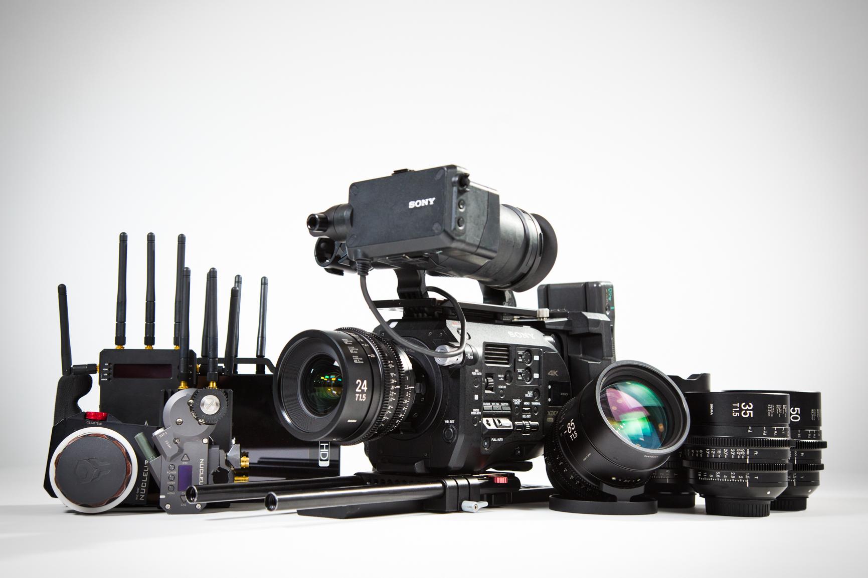 Sony Fs7, Sigma Primes, Tilta Nucleus M, SmallHD 703 Bolt, Teradek 600