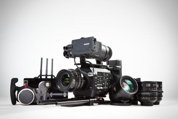 Sony Fs7, Sigma Primes, Tilta Nucleus M, SmallHD 703 Bolt