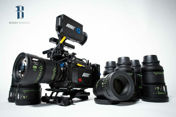 ARRI Alexa Mini LF, Signature Primes 8 Lens Package